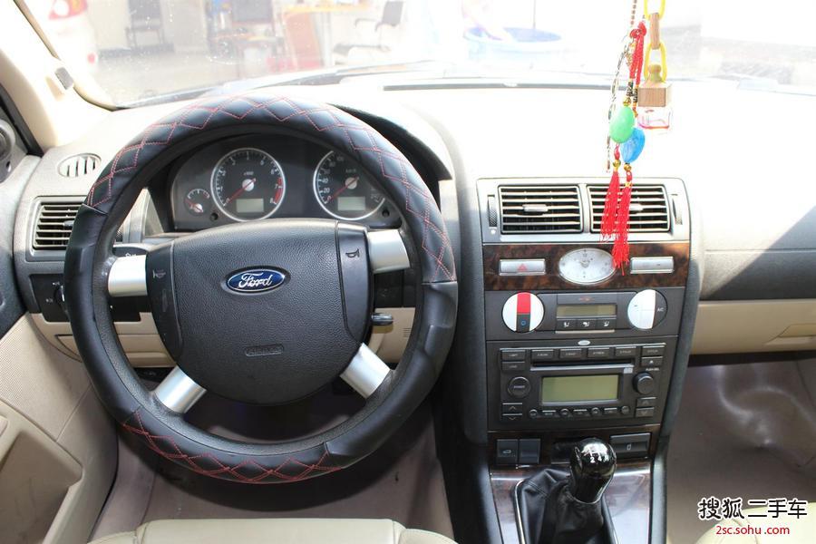 福特蒙迪欧05款2.0手动标准型
