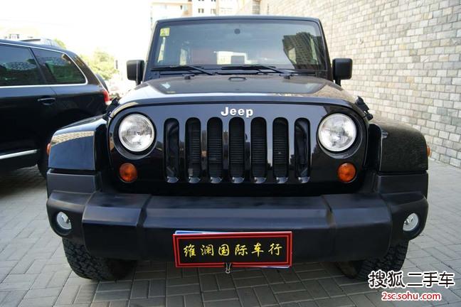 大连二手jeep牧马人四门版高清图片