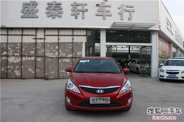 西安二手现代瑞纳三厢2010款1.4gs