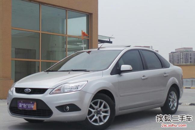 北京-福特福克斯三厢2009款1.
