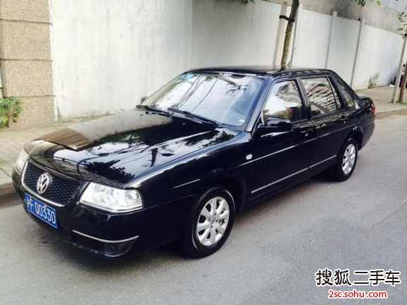 上海二手大众桑塔纳志俊2010款1.8l